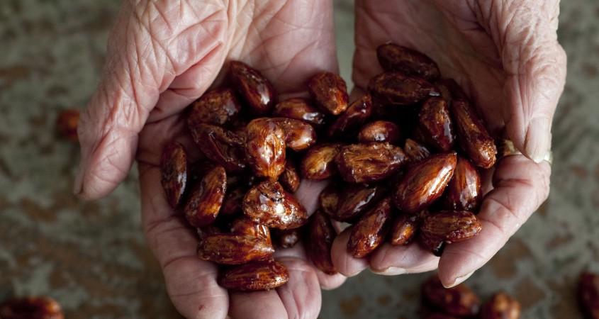 nanas nuts